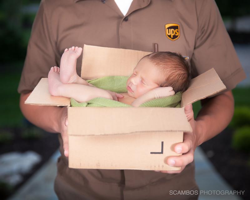 Scambos_BeauHawkins_UPS_Newborn12