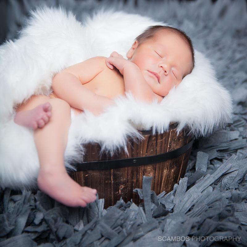 Scambos_BeauHawkins_UPS_Newborn5